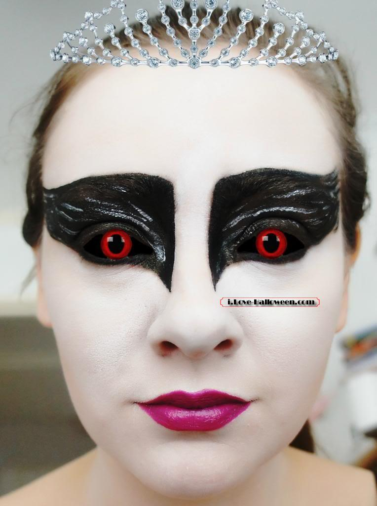 halloween-colored-contacts-makeup (32)