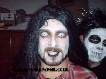 halloween-colored-contacts-makeup (59)