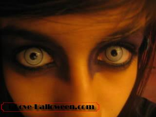 halloween-colored-contacts-makeup (6)