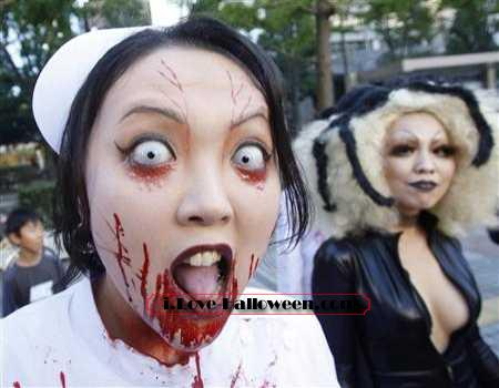 halloween-colored-contacts-makeup (60)