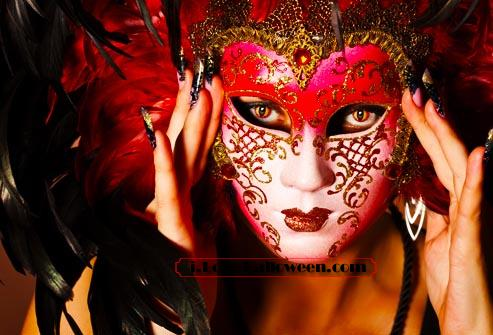 halloween-colored-contacts-makeup (70)