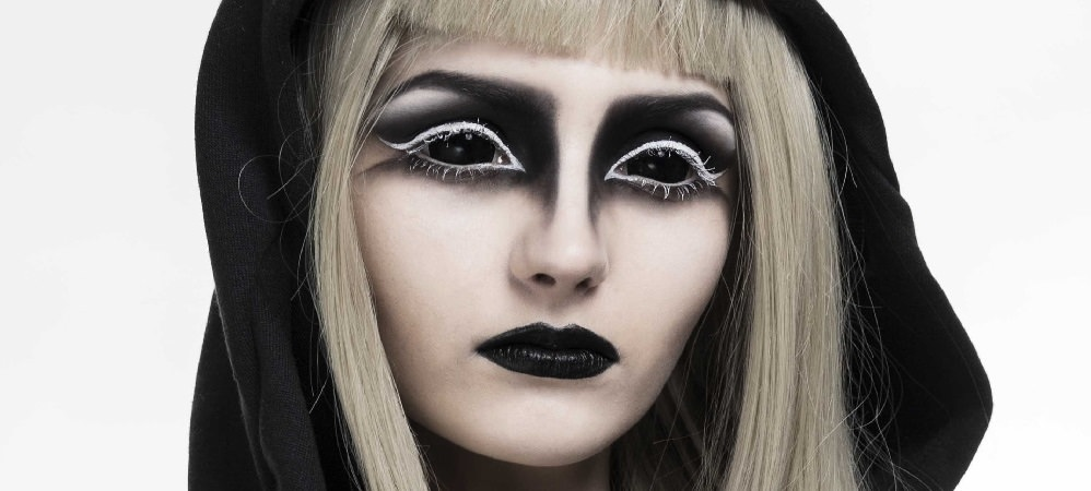 Black Sclera Contacts (2)
