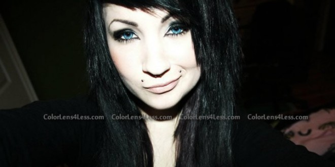 blue-colored-contacts (7)